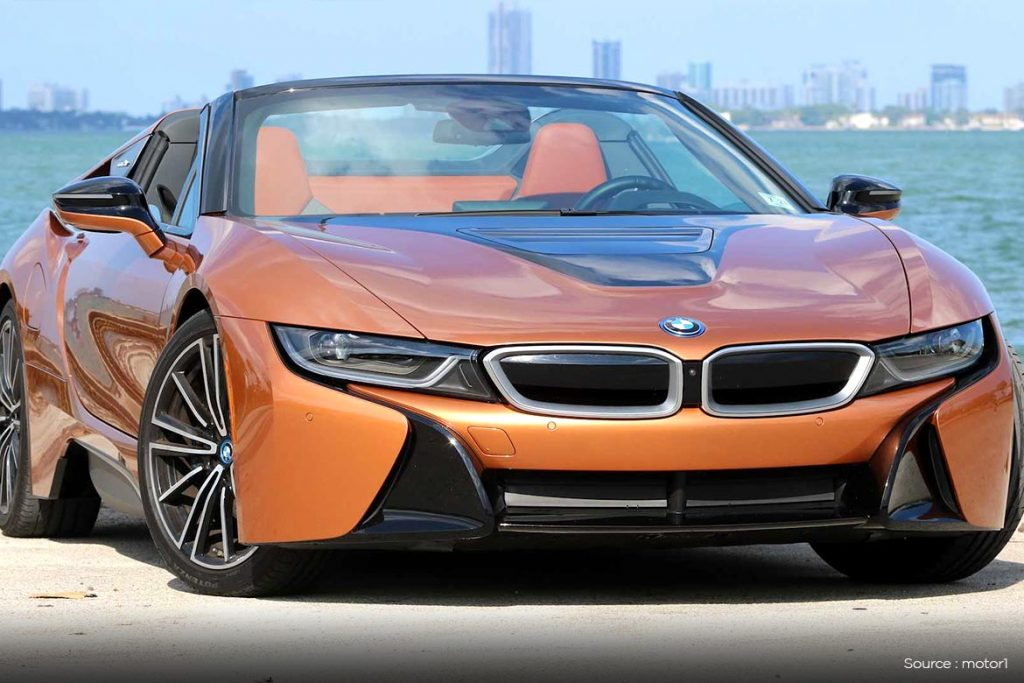 2019 BMW i8 Coupe and Roadster