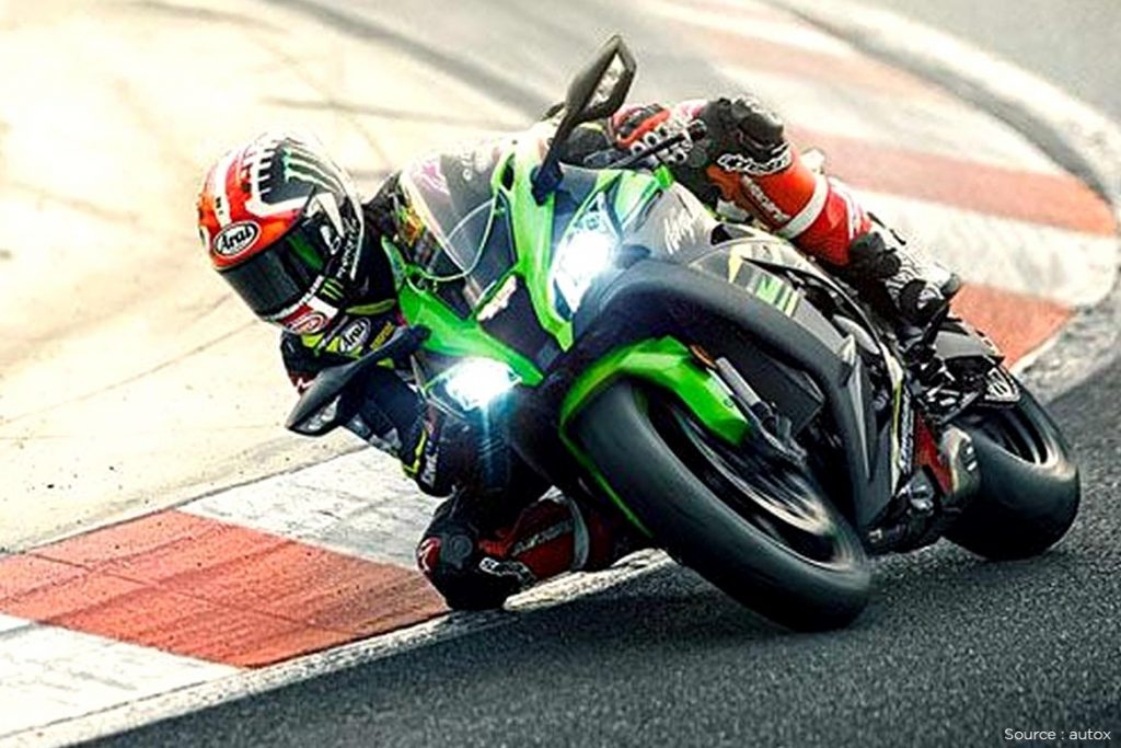 The Kawasaki Ninja ZX -9R
