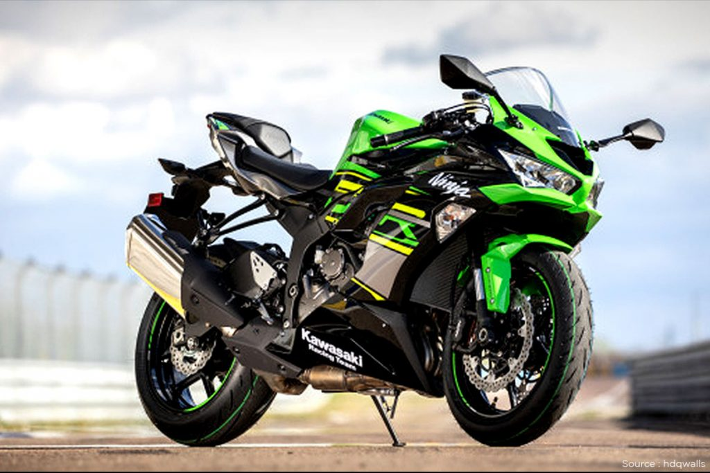 The Kawasaki Ninja ZX - 6R