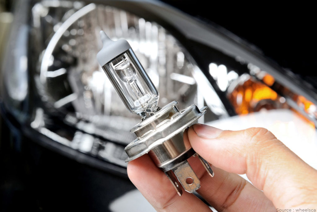 Replace-a-headlight-or-taillight